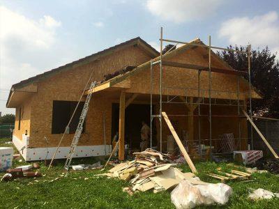 rodinny-dom-drevostavba-tvrdosovce-vystavba-4